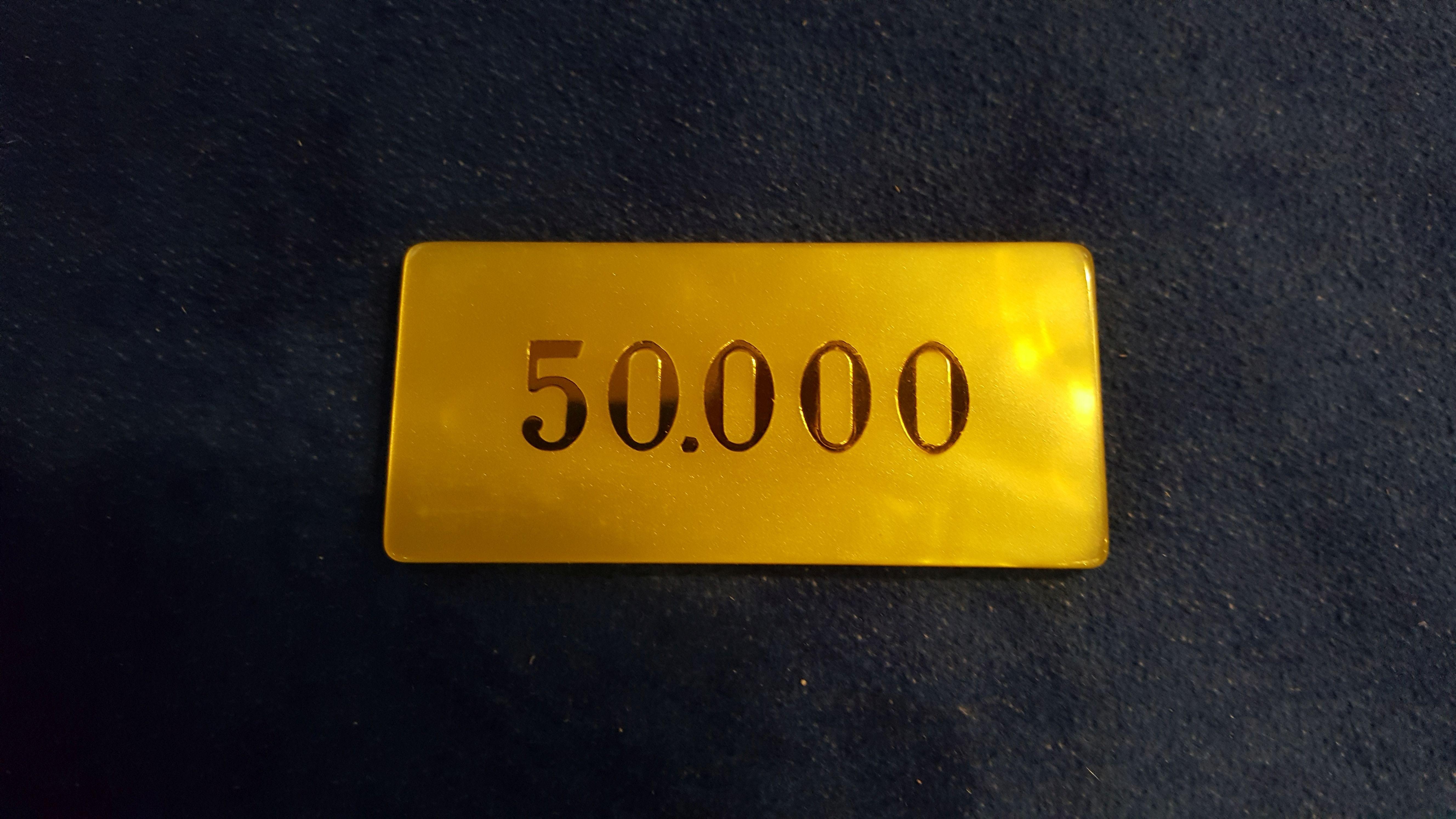Plaque Jeton 50'000er Gelb Material Perlmutt